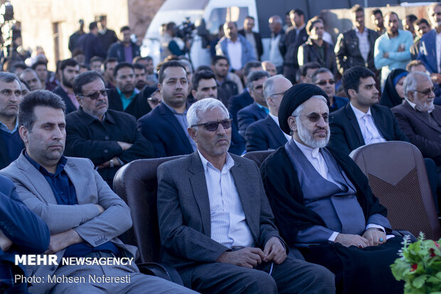 Inauguration of 2,000 residential units for the needy in S Khorasan prov.