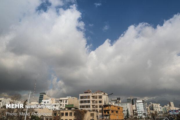 طهران تتنفس هواء طلق من جديد