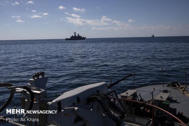 تیراندازی ناوهای ایران، روسیه و چین در دريای عمان