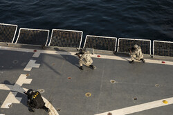 Army, IRGC commandos in action during trilateral naval drill