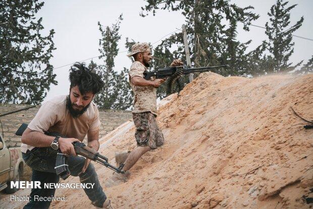 برخی کشورها همچنان به لیبی سلاح ارسال میکنند
