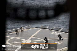 VIDEO: Iranian commandos in joint naval drills