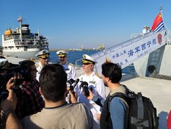 Iran's Navy Cmdr. pays visit to Russian, Chinese destroyers