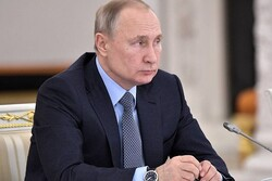 روسی صدر نے ملک میں آئینی تبدیلی کے لیے ریفرنڈم کو ملتوی کردیا