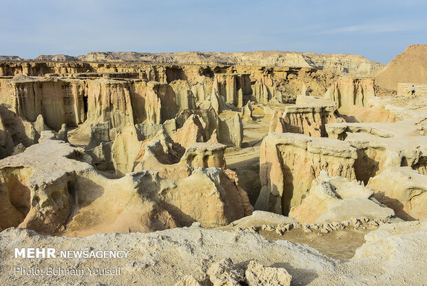 Qeshm Island warmly welcomes tourists who scape winter's cold