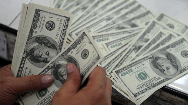 کشف ۸۵۸ قطعه اسکناس ۱۰۰ دلاری تقلبی در ساری