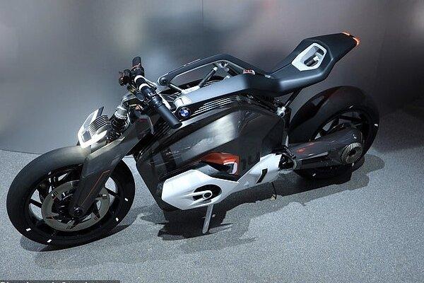 شارژ موتورسیکلت با جک آن!