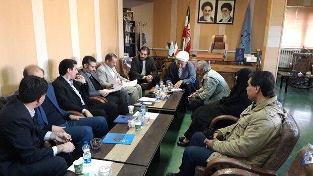 رسیدگی به درخواستهای قضائی ۱۰۰ نفر از شهروندان تاکستانی
