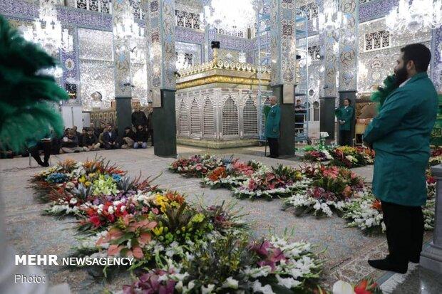 گل آرایی حرم مطهر حضرت زینب (س)