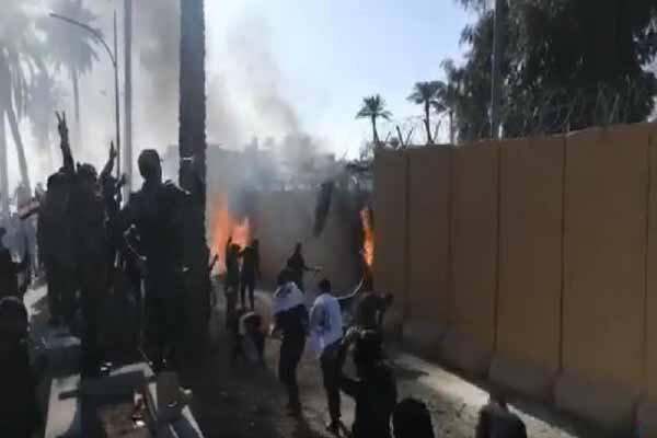 حسن سالم: وارد سفارتخانه آمریکا نشوید