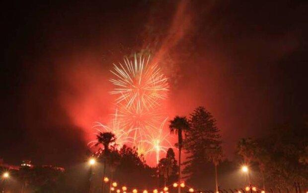 نیوزی لینڈ کے شہر آکلینڈ میں نئے سال کا آغاز ہوگيا