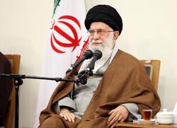 رہبر معظم سے خمینی شہرکے مجاہدین کی کمیٹی کے اراکین کی ملاقات
