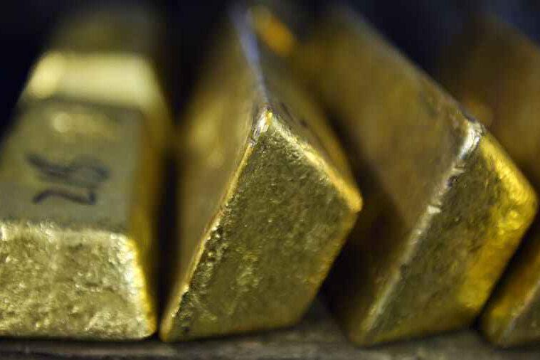 قیمت جهانی طلا رکورد جدید ثبت کرد/ افت دوباره ارزش دلار آمریکا