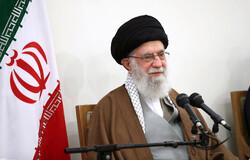 """قائد الثورة يثني على المقام العلمي والعملي لآية الله """"محقق داماد"""""""