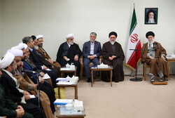 Leader receives members of HQ for commemoration of late Ayatollah Mohaghegh Damad