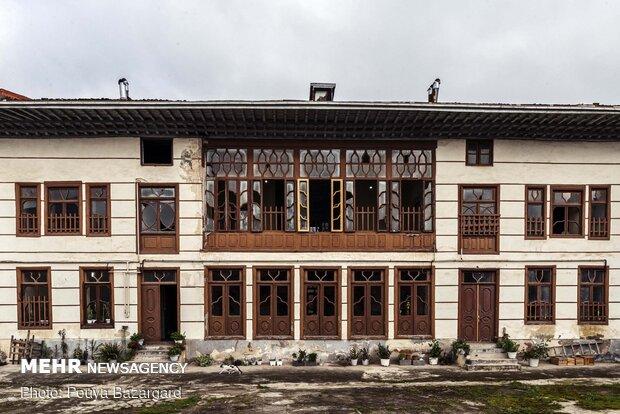 عمارت نصرت اعظم سمیعی، یکی از بناهای بجامانده از دوره قاجار است که در محله ساغریسازان رشت قرار دارد.