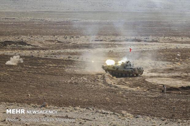 تمرین تاکتیکی یگانهای هوابرد نیروی زمینی ارتش