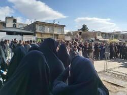 صوبہ کرمان میں شہید قاسم سلیمانی کے گھر پر عزاداروں کا اجتماع