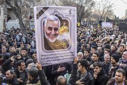 تبریز میں شہید قاسم سلیمانی کی یاد میں عظیم مظاہرہ