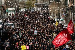 تہران میں شہید قاسم سلیمانی کی شہادت کی غمناک خبر سن کر لوگ سڑکوں پر نکل آئے