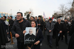 People condemn Soleimani assassination in Tehran