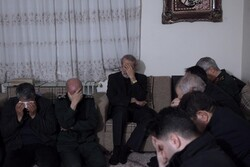 رئیسمجلس در منزل سردار شهید «قاسم سلیمانی» حضور یافت