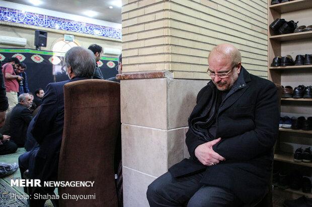 محمدباقر قالیباف در مسجد امیرالمؤمنین شهرک دقایقی پس از شهادت سپهبد شهید قاسم سلیمانی