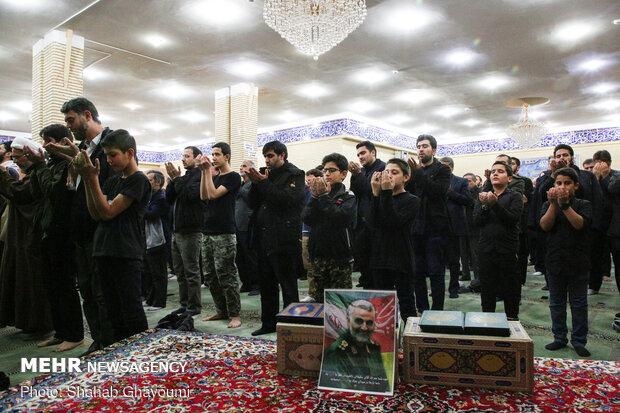 مسجد امیرالمؤمنین شهرک دقایقی پس از شهادت سپهبد شهید قاسم سلیمانی