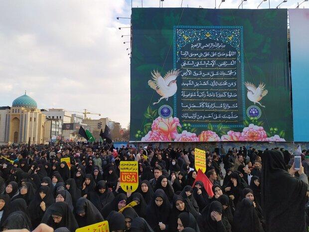 خروش انقلابی مردم مشهد ادامه دارد/ محکومیت ترور حاج قاسم سلیمانی