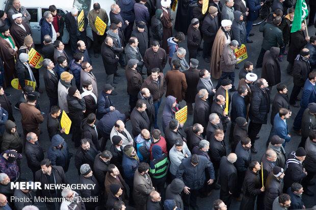 راهپیمایی مردم اردبیل در پی شهادت سردار سپهبد حاج قاسم سلیمانی