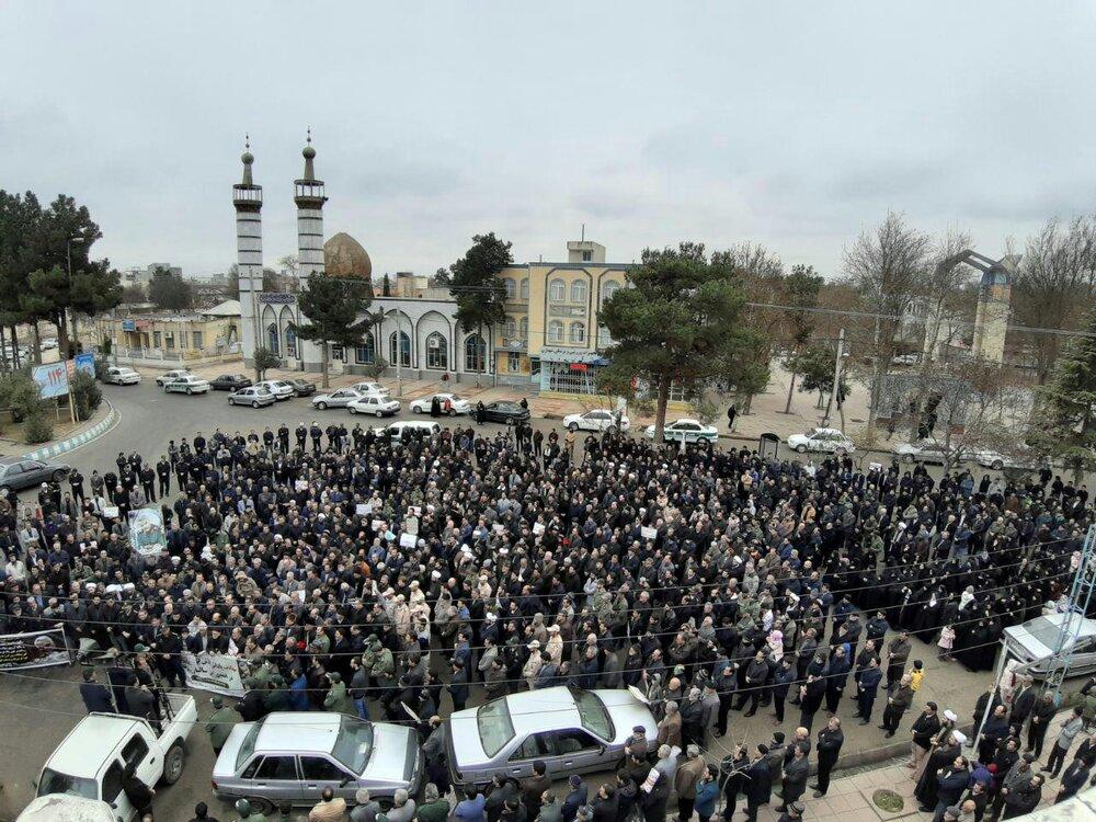 شهرستان پارس آباد غرق در ماتم و عزا شد