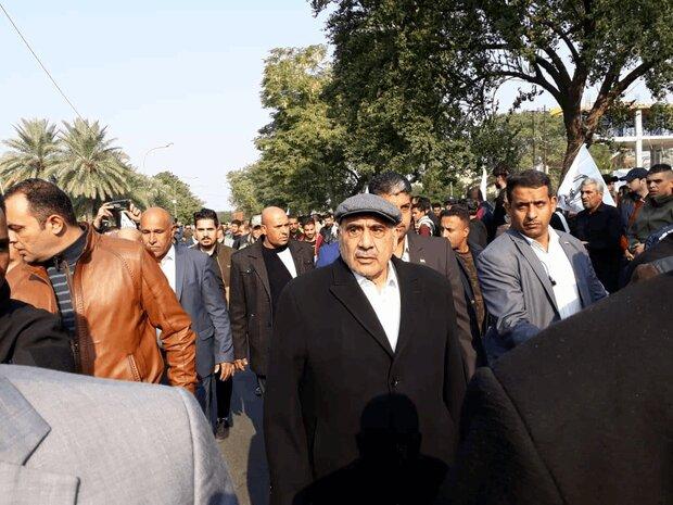 """عادل عبدالمهدي يشارك في تشييع الشهیدين """"سليماني"""" و""""المهندس"""""""