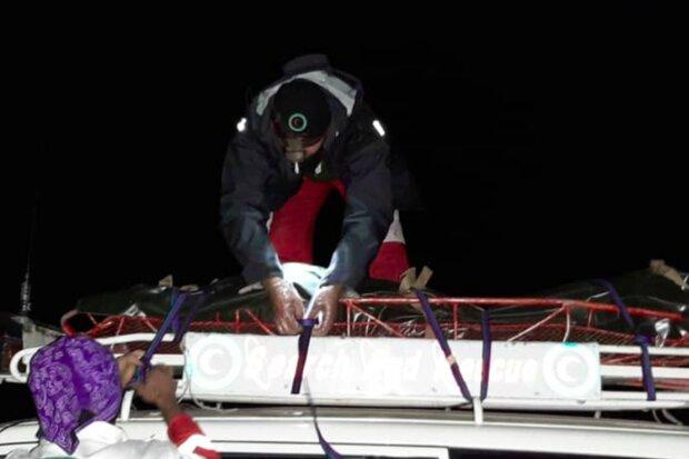 پیکر فرد ۶۰ ساله از ارتفاعات جوپار به پایین منتقل شد