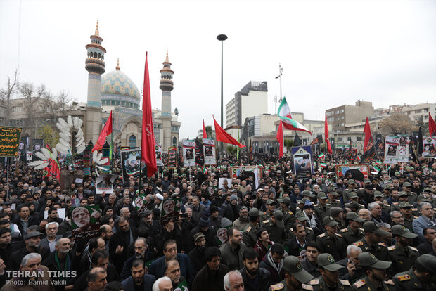 Thousands march in Tehran to commemorate martyrdom of top general Qassem Soleimani