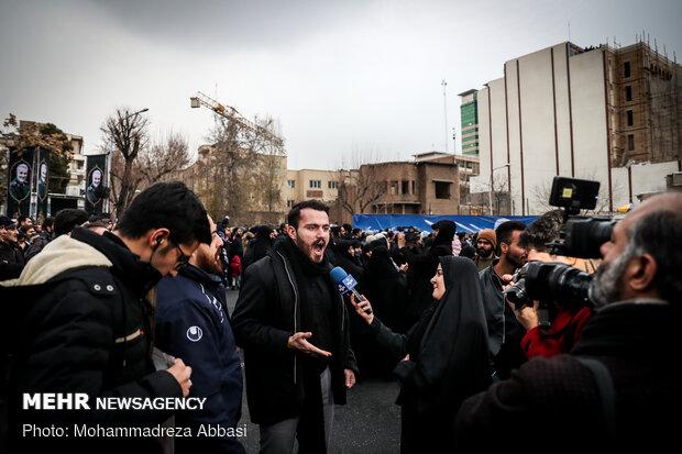 تجمع بزرگداشت شهید سپهبد قاسم سلیمانی در میدان فلسطین