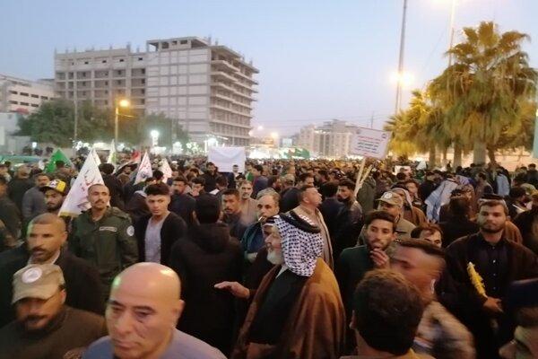 حضور جمعیت انبوه در نجف برای استقبال از پیکرهای شهدای مقاومت