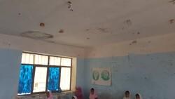 تخریب سقف کلاس درس صحت ندارد/ریزش گچ سقف به دلیل سقوط لامپ مهتابی
