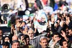 درخواست مسئولان استانی برای تشییع پیکر سردار سلیمانی در اصفهان