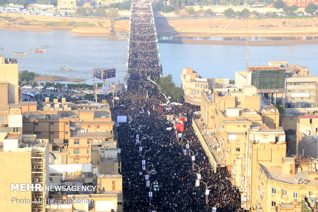 VIDEO: Ahvaz streets packed with mourners of General Soleimani