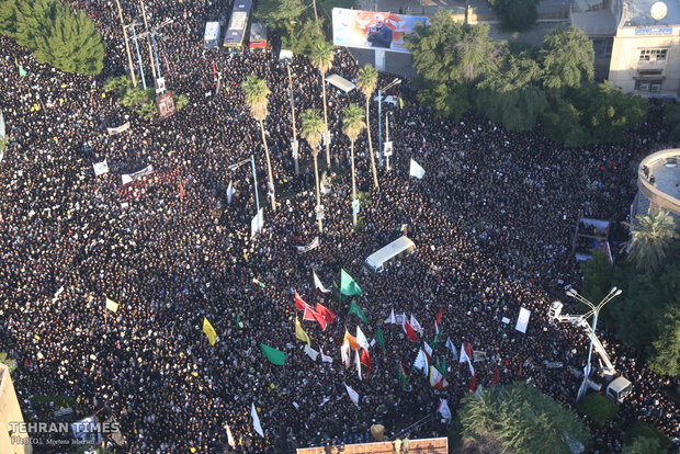 Funeral procession for martyrs Soleimani, al-Muhandis in Ahvaz