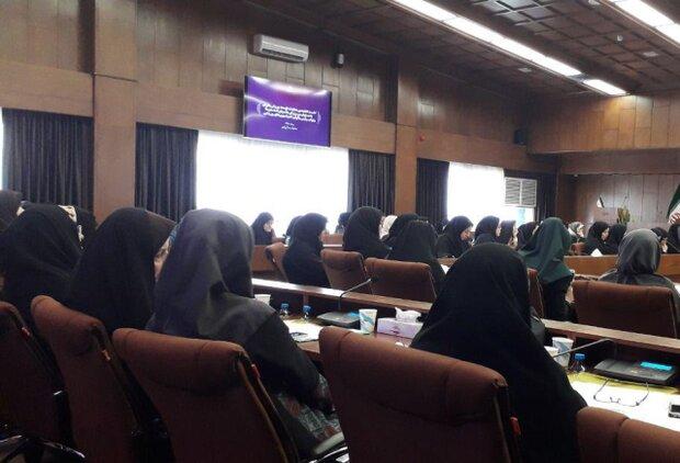 ۲۰۰ نفر از باشگاهداران و مربیان ورزشی زن یزد گردهم آمدند