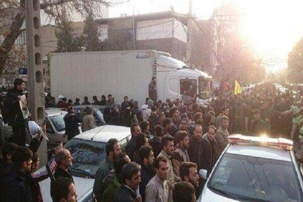 پیکر مطهر شهدا به میدان پانزده خرداد مشهد رسید