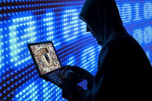 مدعیان جریان آزاد اطلاعات سانسورچیان واقعی فضای مجازیاند