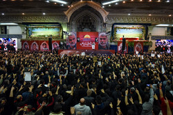 Massive turnout of mourners to Tehran's Mosalla for funeral procession of Gen. Soleimani