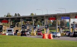 US detains over 60 Iranians on Canada border: report