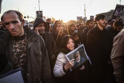 سیل خروشان مردم تهران در مراسم تشییع شهید سپهبد سلیمانی -۲
