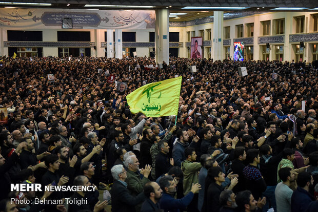 Massive turnout of mourners in Tehran's Mosalla for funeral procession of Gen. Soleimani