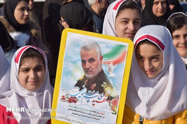 People in Astara pay homage to General Soleimani
