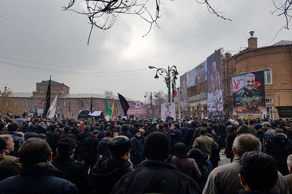 سوگواری باشکوه خیابانی مردم ارومیه در سوگ سردار دلها