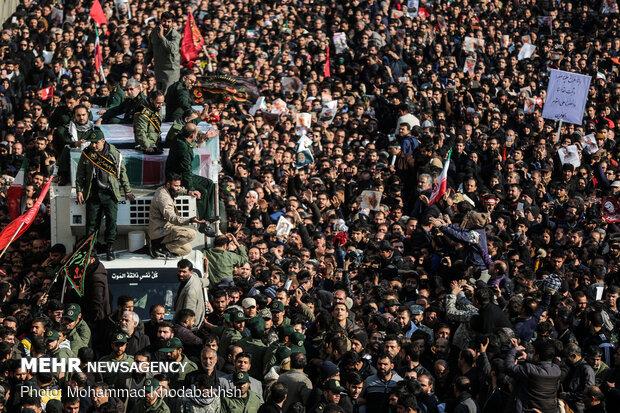 مراسم تشییع پیکر مطهر سردار سلیمانی در کمال امنیت برگزار شد